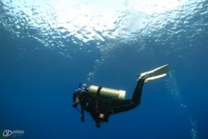 odyssey diver, good trim & buoyancy